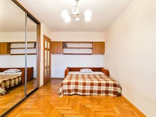 Comfortable 1 bedroom flat metro Akademicheskaya