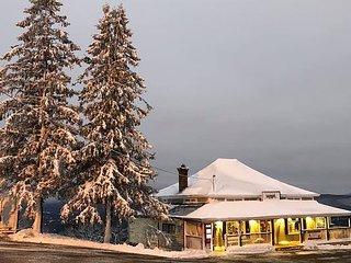 Wampanoag Cabin