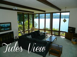 New Listing! Tides View, Waterfront home with private beach