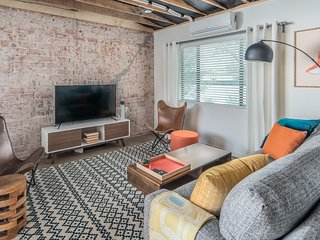Stylish 2BR in Central Phoenix #1 by WanderJaunt