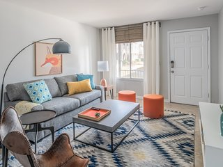 Spacious 4BR Townhome in Scottsdale by WanderJaunt