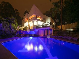 ONLY MANSION NEAR LLERAS 13KQFT POOL JACUZZI BACHELOR FRIENDLY