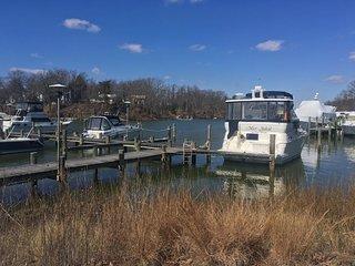 Small Boat in Annapolis!