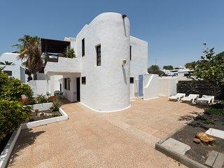 Amazing Solarium Villa in Puerto del Carmen Beach