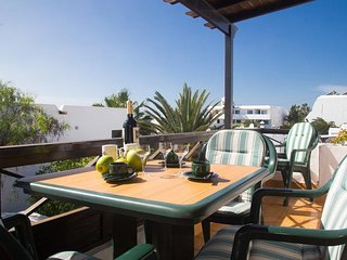 Great Solarium Villa in Puerto del Carmen Beach