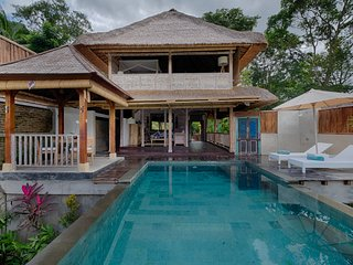 Hidden Tropical Gem for Couple and Honeymooner