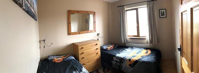 Kids bedroom (2 singles)