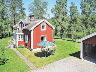 Nice home in Grönahög w/ Sauna and 2 Bedrooms (S07087)