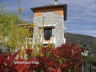 ⭐⭐⭐ Villa provençale dans l'arriére pays Niçois.