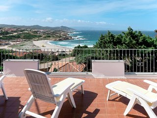 4 bedroom Villa with WiFi and Walk to Beach & Shops - 5715630