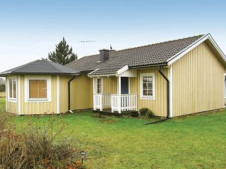 Beautiful home in Borgholm w/ 2 Bedrooms