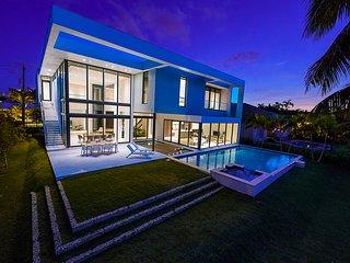 Brand New Modern mansion, Waterfront.