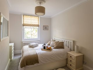 ☆ Charming Hove Apartment ❤ Relax, Unwind, Enjoy ☆