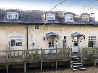 Charles I; dog friendly, Sudeley Castle - Sleeps 3, dog friendly, Sudeley Castle