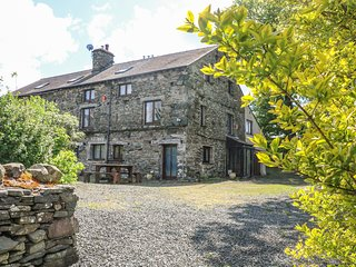 MELROSE BARN, countryside location, dog-friendly, in Broughton-in-Furness