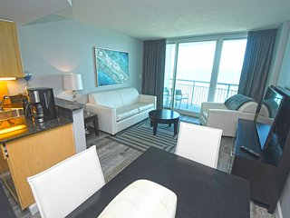 Newly Remodeled! Oceanfront!  Modern Building,Heart of Myrtle15th floor!