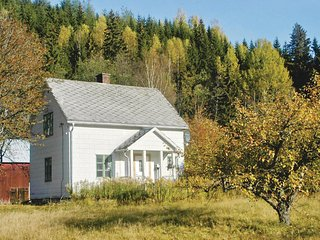 Awesome home in Sysslebäck w/ Sauna and 3 Bedrooms