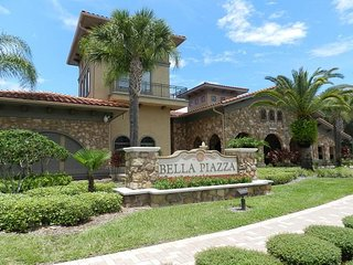 Bella Piazza Resort near Disney w/Pool View