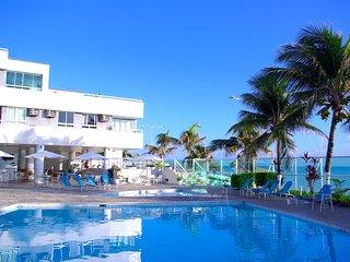 Flat no Ponta Negra Beach com privilegiada localizacao em Natal PontaNegraBeach-