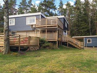 Nice home in Mellerud w/ Sauna, WiFi and 4 Bedrooms