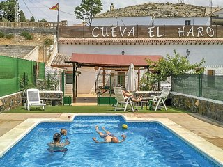 Stunning home in Baza w/ Outdoor swimming pool, Outdoor swimming pool and 2 Bedr