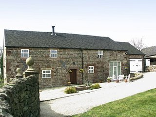 Self Catering Barn Conversion - edge Peak District, near Alton Towers, sleeps 10
