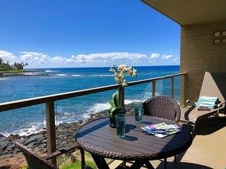 Kuhio Shores 207: Oceanfront AC Condo Near Baby Beach