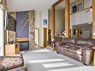 Outdoor Lover's Ski-In/Ski-Out Granby Condo!
