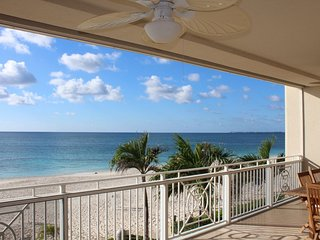 Luxury Beachfront Oceanfront 3 Bed/3 Bath - Seven Mile Beach - Sunset View
