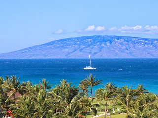 Maui Resort Rentals: Honua Kai Konea 629 - 6th Floor 3BR w/ Ocean Views from Eve