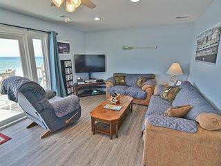 Island Delights II - Cozy Oceanfront Half Duplex, Pets Welcome!