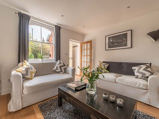 Stunning Character House In The Centre of Henley-On-Thames