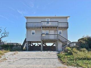Beach House - Marvelous View, Simple Design, Pet Friendly, Oceanfront Access