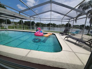 Newly Renovated Pool and Lake Dream Home with all the extras