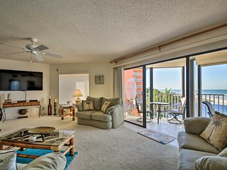 Indian Shores Condo w/ Pool + Sunset Beach View!