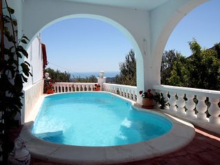 2 bedroom Villa with Pool, Air Con and WiFi - 5791607