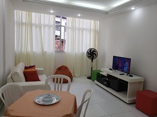 Apartamento 2 quartos em frente ao Shopping Barra APT 002