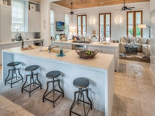 Uncorked Cottage - New Rates in this Luxury Rosemary Beach Cottage!