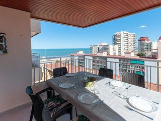 TORRES DEL MAR - Apartment for 8 people in Playa de Gandia