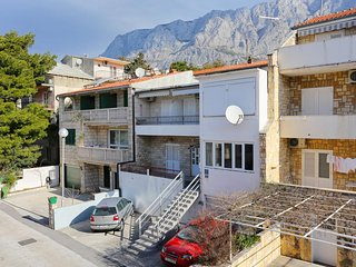 Two bedroom apartment Puharici (Makarska) (A-16449-a)