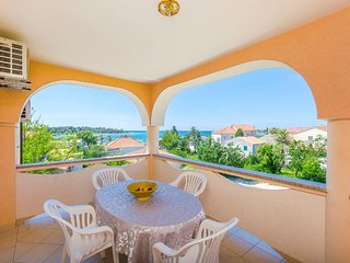 Novalja Apartment Sleeps 5 with Air Con - 5791213