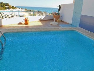 3 Bedroom Villa with Private heated swimming pool