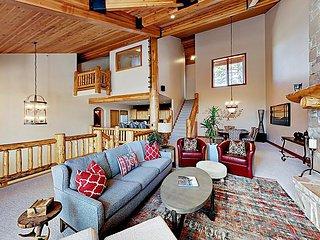 Elegant Mountain-View Townhome | Balcony & Grill | Hot Tub, Pool & Tennis