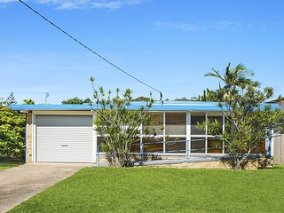 Golden Beach House  QLD