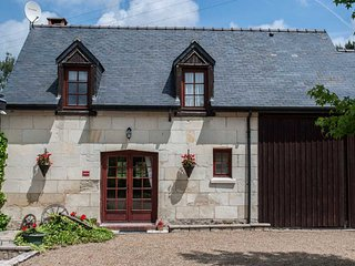 Beautiful cottage in a woodland location near to Saumur