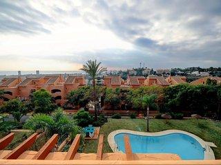 Serene Duplex Penthouse in Marbella