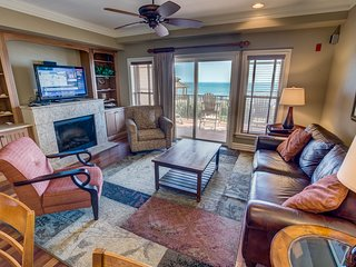 Sweet Escape | Oceanfront | Community Pool