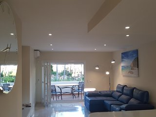 Fantastic Andulucian 2 bedroom apartment on the Costa del Sol with pool & WiFi