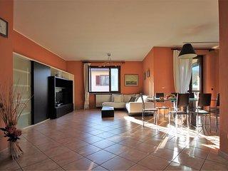 ILO12168 Villa Angoria