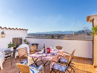 Mallorca traditional townhouse holiday in Llubi